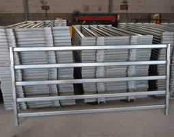 5 rails galvanized horse fence panel in stock